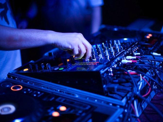 Vulgar Fans DJ SET//Hünkar Uğur & Gazali @ Nublu