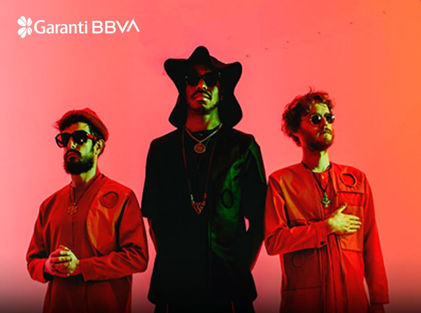 Garanti BBVA Konserleri: The Comet Is Coming